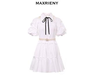 MAXRIENY为恋爱女生准备的仙女复古风衣服搭配